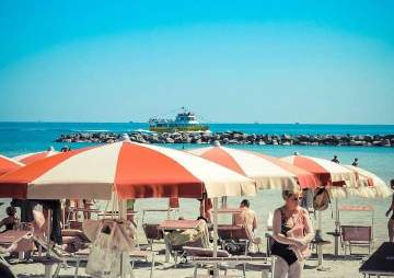 Anfang August Angebot all inclusive Strandservice inbegriffen