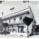L'esterno dell'hotel Missouri negli anni 50